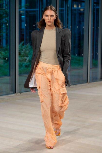 Detalhes sobre Blusa Feminina Adidas Originals Stan Smith Estampa de pele de cobra Preto mostrar título no original