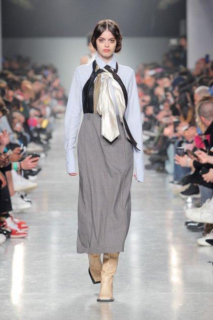 Sapato Feminino Espadrille Coroa Mundial NB PRETO