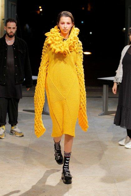 Pin de Carolina Sanches em the sims | The sims 4 roupas
