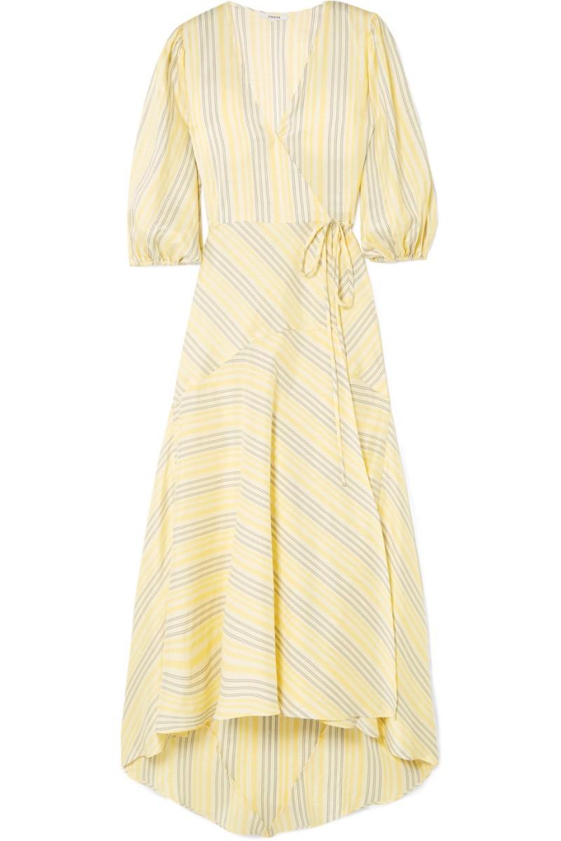 Vestido em seda, € 800, Ganni, Net-a-Porter.com
