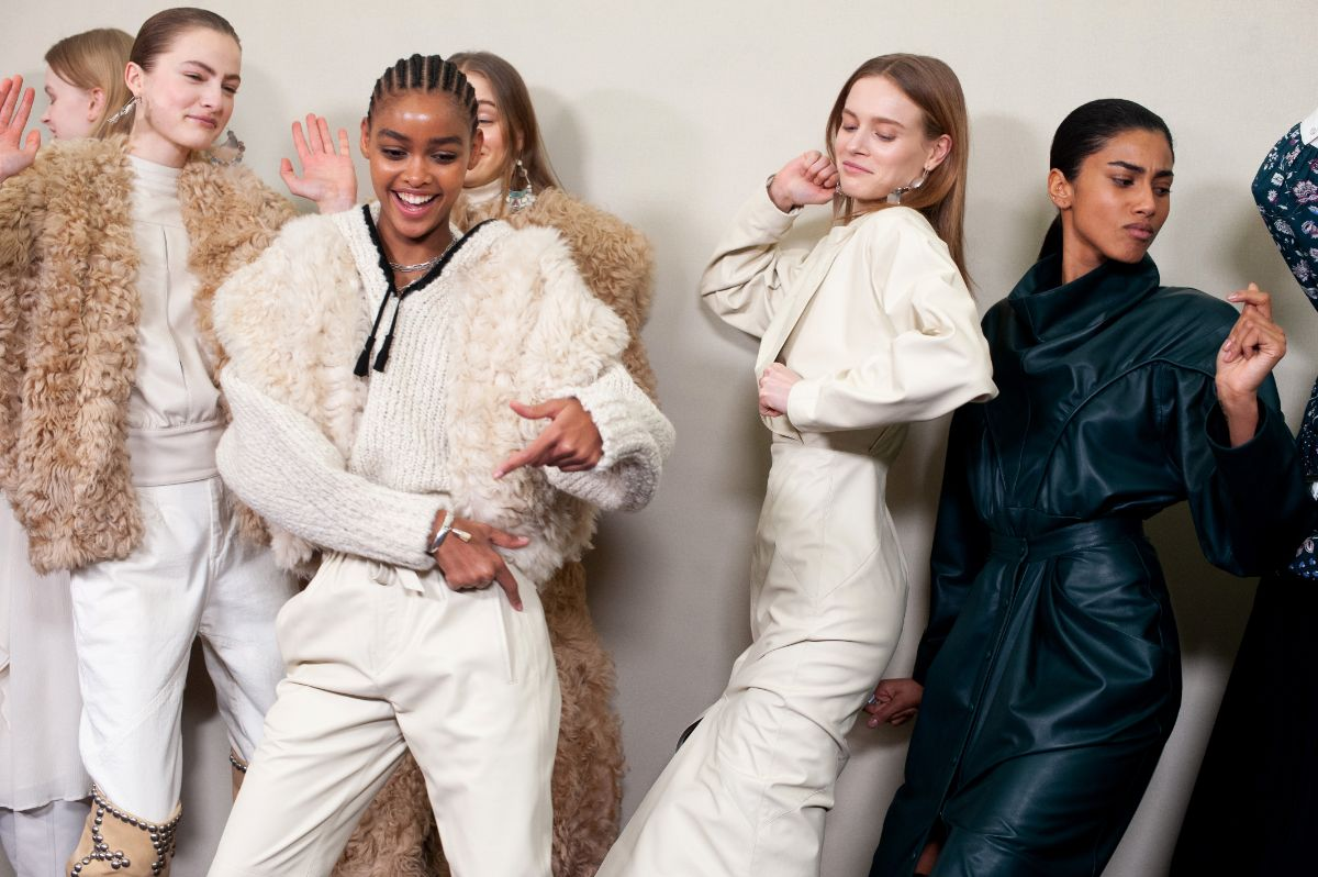 Paris, modelos antes do desfile Isabel Marant Fall/Winter 2020-2021, Getty Images