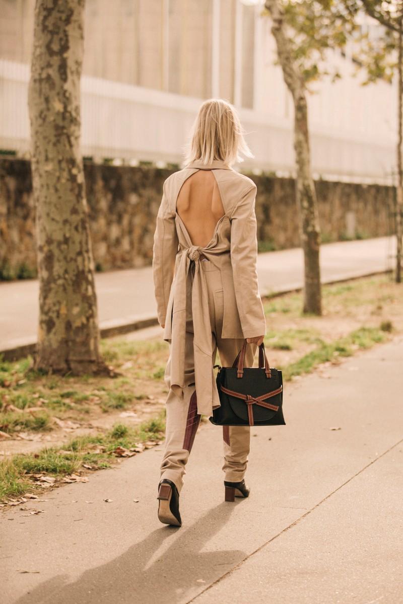 Resultado de imagem para bolsa minimalista street style