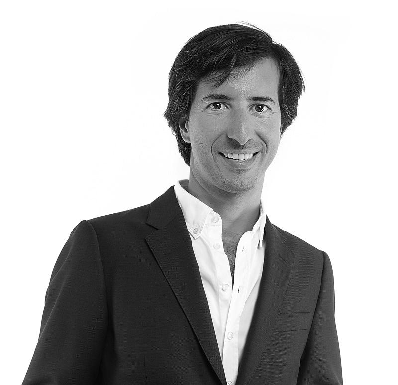 Dr. Pedro Queiroz