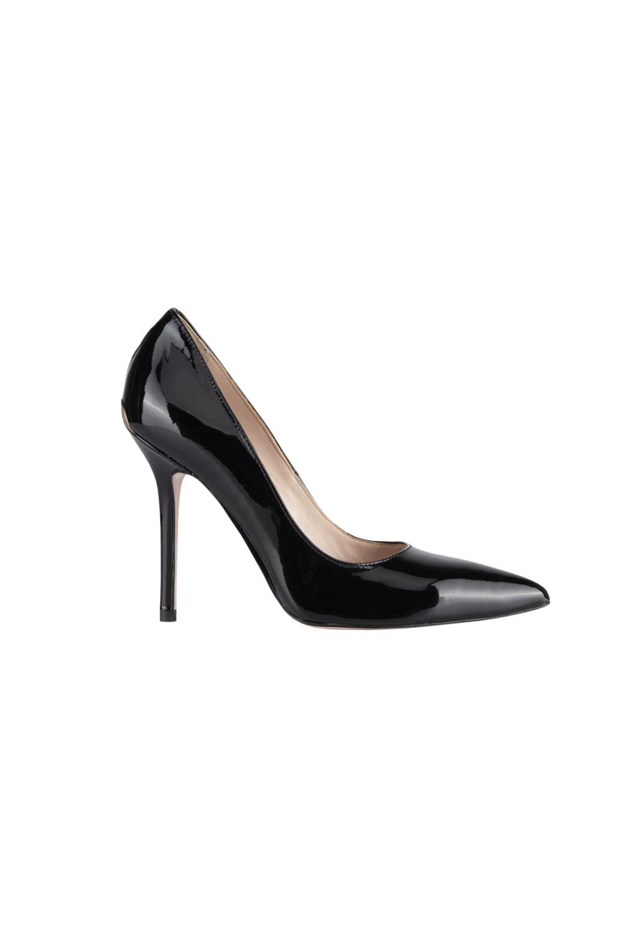7 Sapatos ESSENCIAIS para o guarda roupa de uma mulher