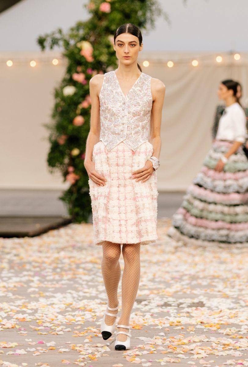 Chanel: Alta-Costura primavera/verão 2021 | Vogue.pt