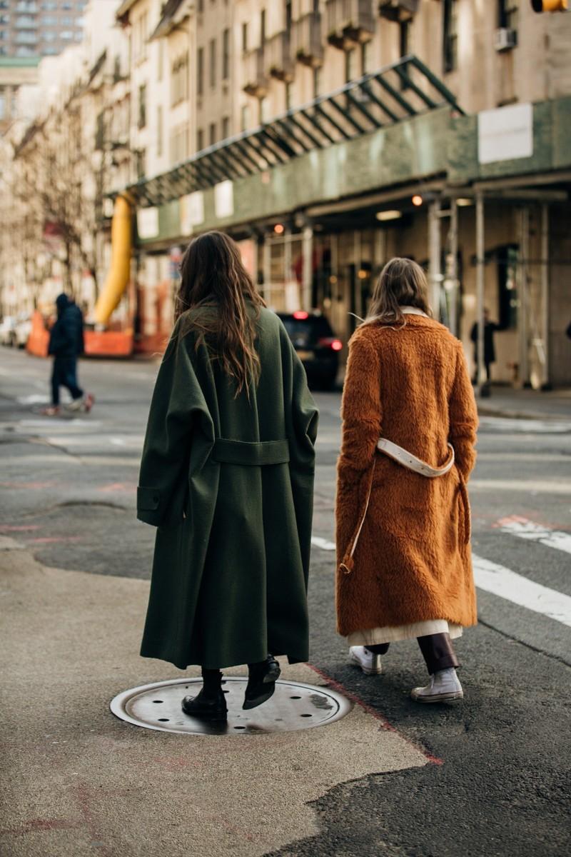 Casaco mostarda | Street style winter, Estilo de rua, Ideias